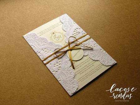 Convite De Casamento Clássico Com Papel Rendado