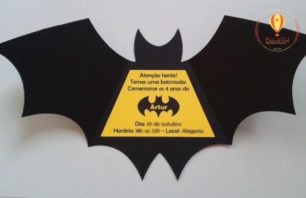Convite Em Formato De Morcego Do Batman  As Crianças Adoram