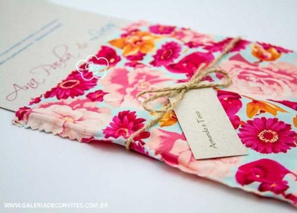 Modelo Ap  Convite De Casamento Com Envelope Em Tecido E Convite