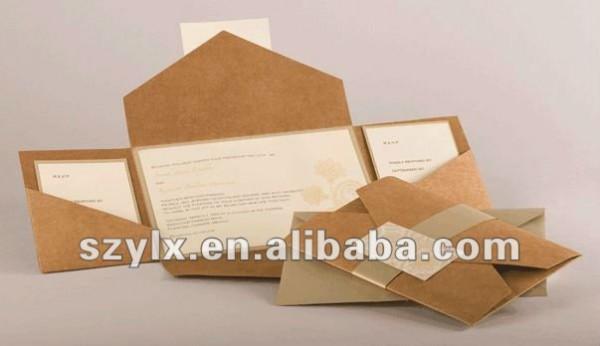 Cartão Elegante Do Convite Com Envelope De Papel Kraft