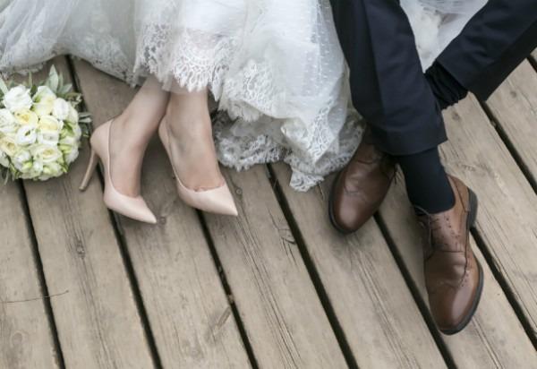 Precisa De Uma Ajuda Para Entregar Seus Convites De Casamento