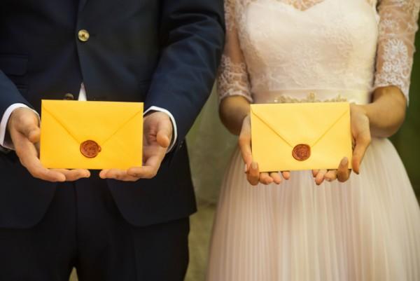 Qual é A Hora Certa De Enviar Os Convites De Casamento  Como Enviá