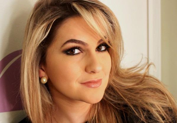 Beautiful Makeup  Maquiagem Para Foto De Convite De Formatura Por
