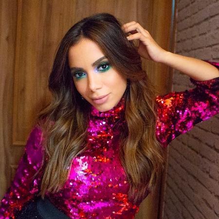 Anitta Comemora Sucesso Internacional   Todo Mundo Me Querendo