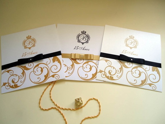 Convite 15 Anos Dourado E Preto No Elo7