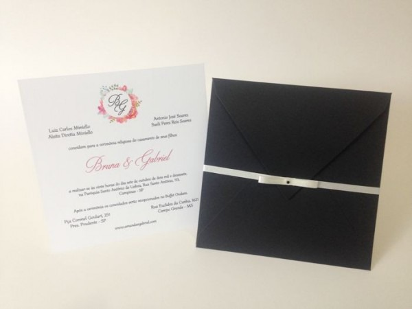 Convite Envelope No Papel Preto