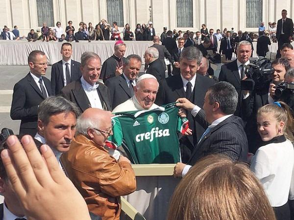 Papa Cita Crise Ao Recusar Convite De Temer Para Visitar Brasil