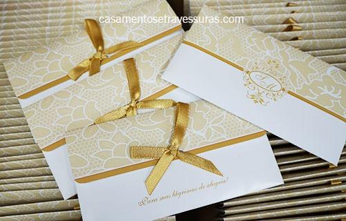 Casamento S&m – Tons De Dourado – Renda Com Monograma – Casamentos